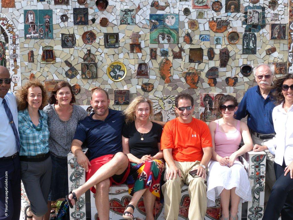 Jews, Goyim, Guides outside Fusterlandia